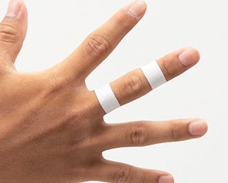 指 : 指を曲げると痛い時   テー...