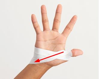 親指 の 付け根 テーピング 巻き 方 指の付け根が痛い時(応用編) テーピングの貼り方 ピップ