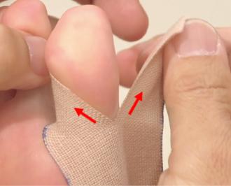 テーピング 外反母趾